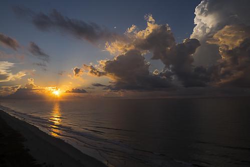 sunrise atlanticocean 15thfloor wyndamoceanblvdresort northmyrtlebeach southcarolina fujifilmxt1 xf1555mm