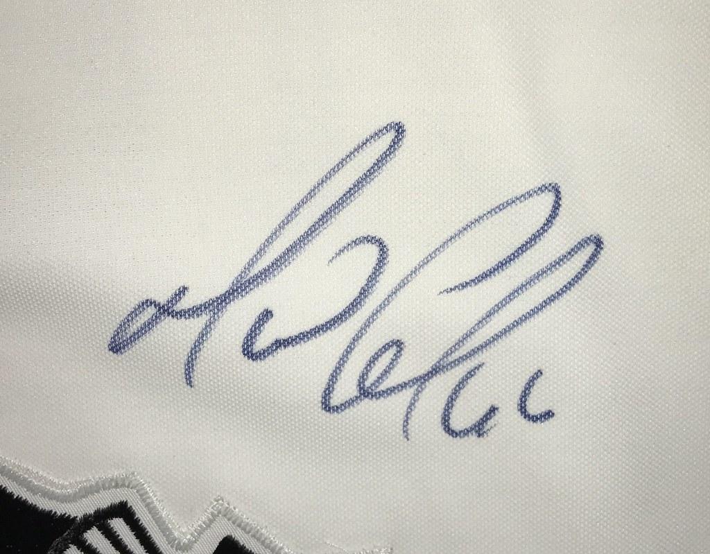 1991-92 Mario Lemeiux Pittsburgh Penguins Home Jersey Autograph