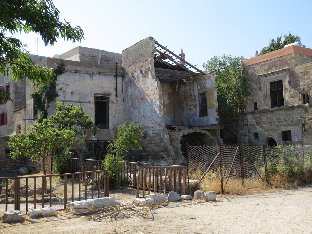 Грязь и бедность в Греции