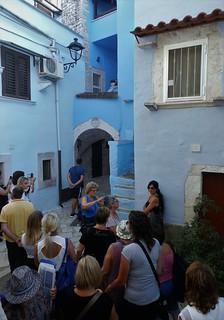 Turisti nel Paese Azzurro (1)