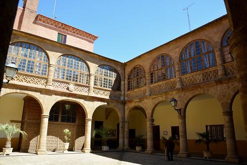 Benavente (Zamora-España). Antiguo Hospital de la Piedad. Patio