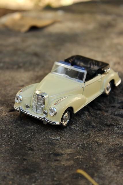 Mercedes 300s