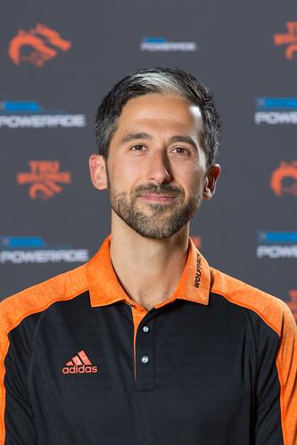 Carmin Mazzotta (head coach X country 18-19 Snucins)
