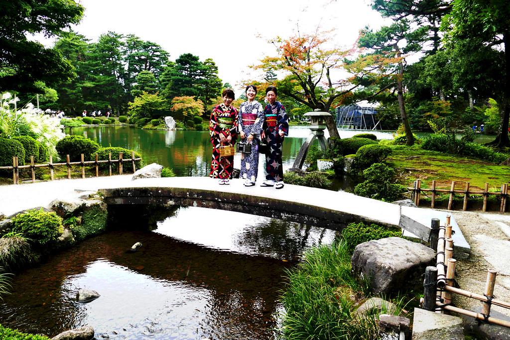 At the Kenrokuen Gardens 097