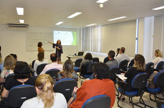 08 11 2018 - CURSO DE ESCUTA ESPECIALIZADA DE CRIANÇAS E ADOLESCENTES VÍTIMAS E TESTEMUNHAS DE VIOLÊNCIA