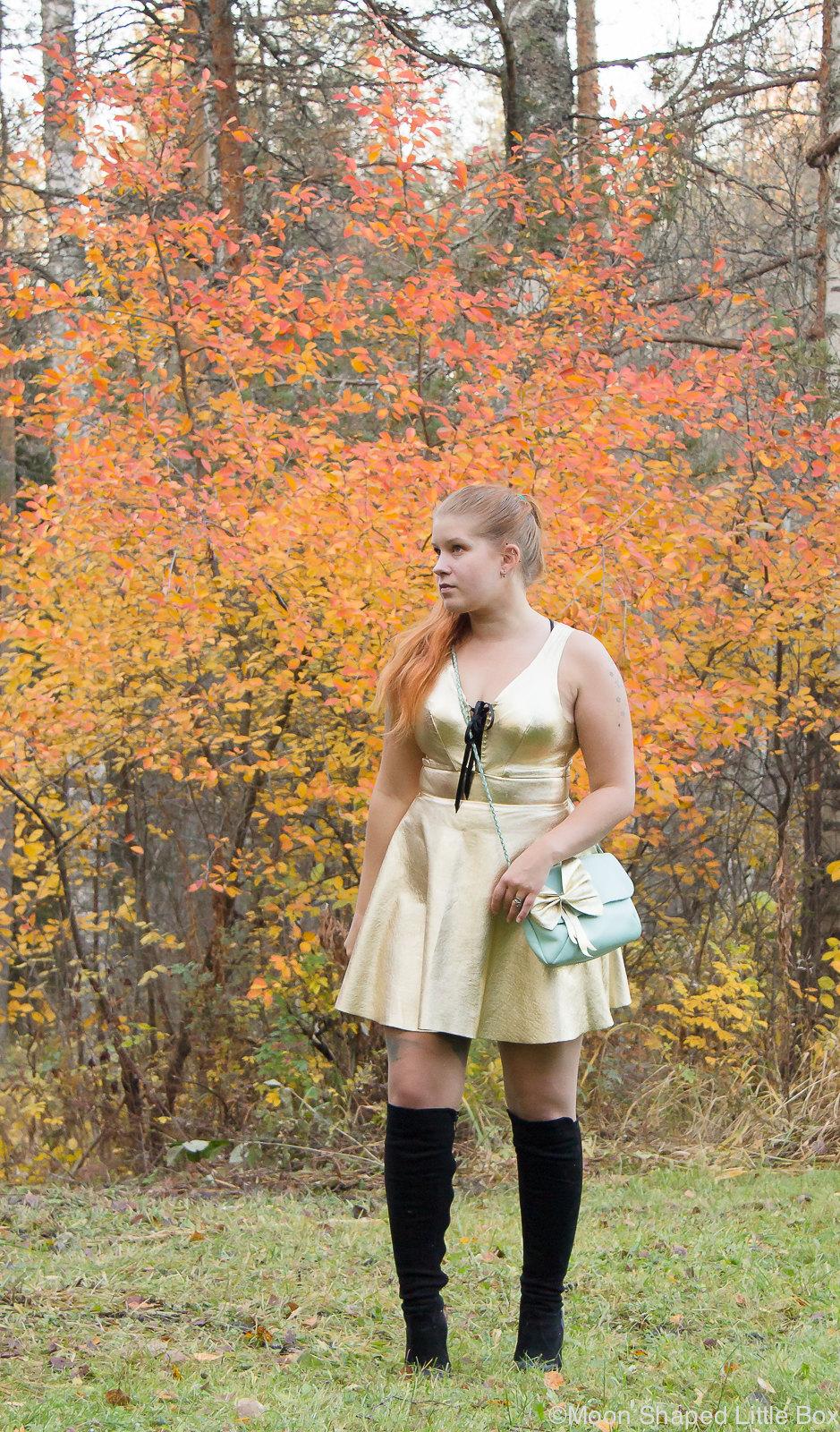 Golden leather dress, kultainen nahkamekko, syksyn muoti, nahkamekko, päivän asu, Rokita