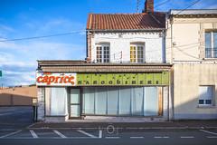 Y laisser la peau | Mortification urbaine XCV - Photo of Roost-Warendin