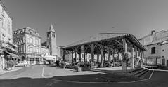 Belvès, market square - Photo of Salles-de-Belvès