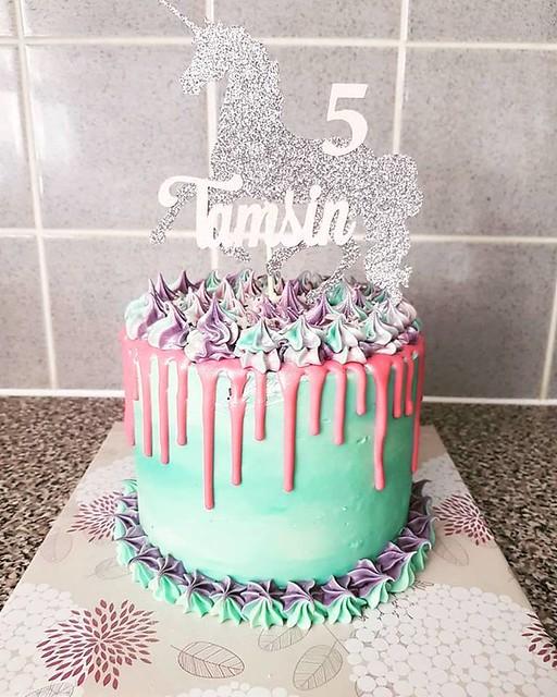 Cake by Craving Cake