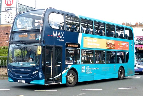 SN15 LLV 'ARRIVA Yorkshire' No. 1927 'MAX'. Alexander Dennis Ltd' (ADL) E40D / 'ADL' Enviro 400 on Dennis Basford's railsroadsrunways.blogspot.co.uk'