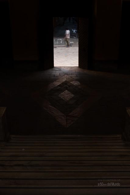 Escalera a la luz