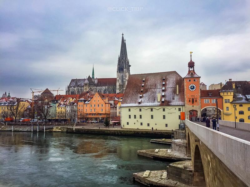 · Regensburg en un día · Puente de piedra ·