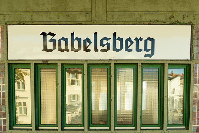 Blackletter sign at the Babelsberg station