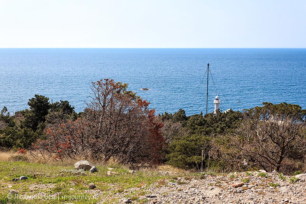 вид на море мыс Сарыч в Крыму