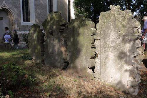 Wansleben am See, Kirche St. Andreas und Stephani, historische Grabsteine