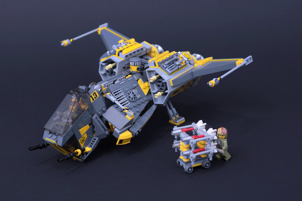 "TG-17 Barracuda Destroyer-Class Ship ""Grey Falcon"""