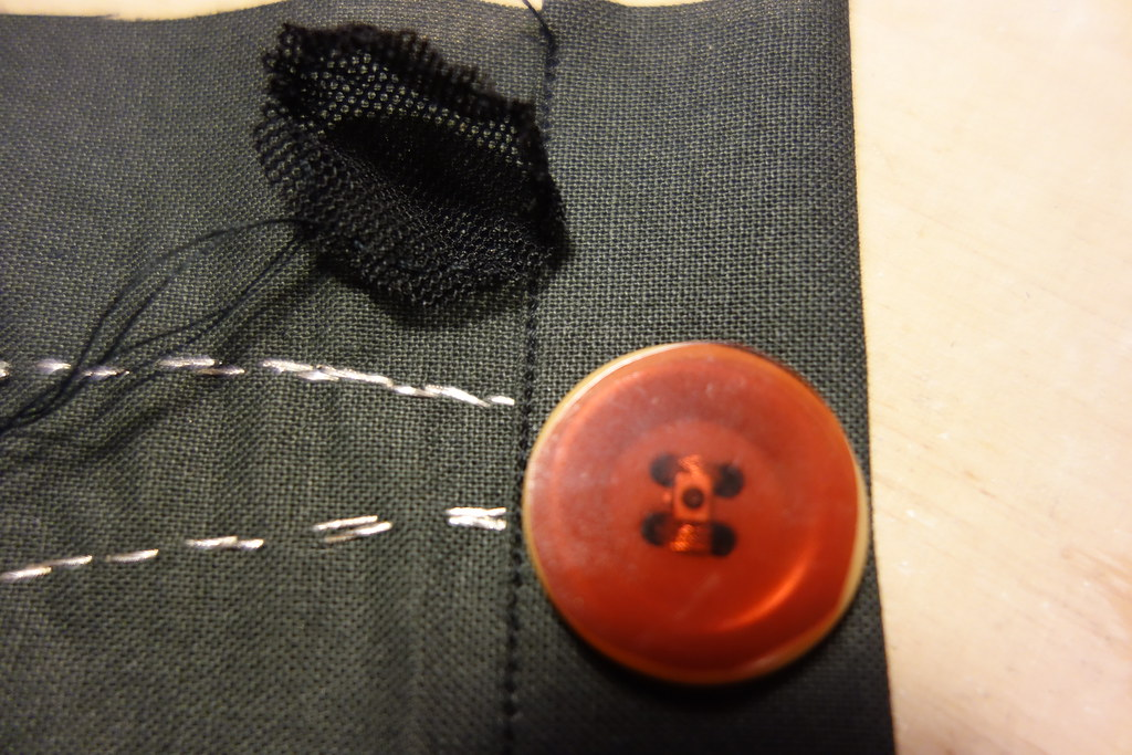 Button button