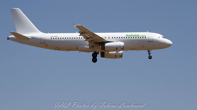 Global Aviation (Kulula titles) A320-231 ZS-GAR