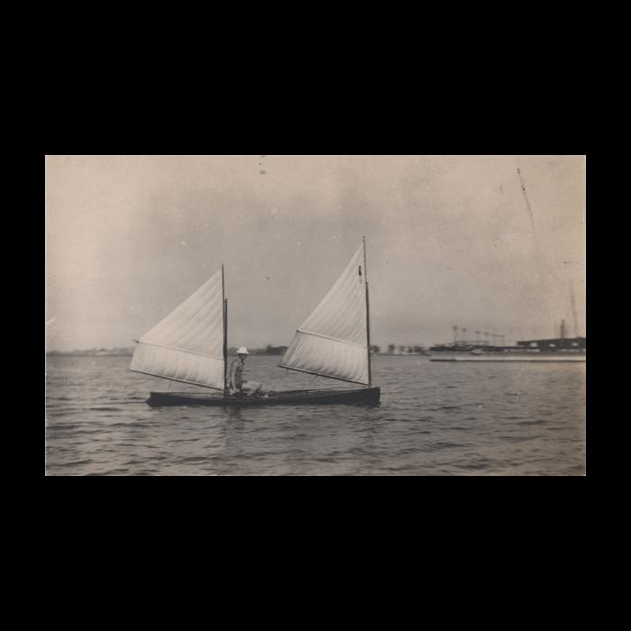 Early sailing canoe