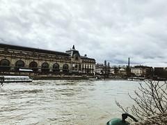 Paris est sous la Seine