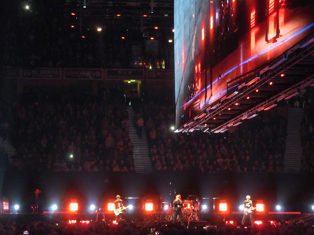 "U2 – ""Experience And Innocence Tour"" – Manchester, London"