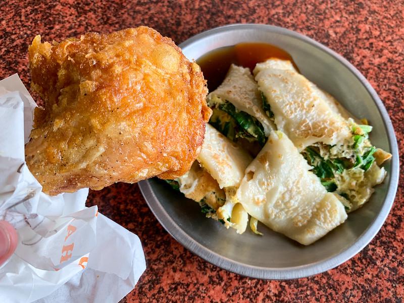 【台南美食】美香吉漢堡店 安平最近很夯的傳統早餐店!早餐就吃蔬菜蛋餅x薄皮嫩雞腿!