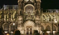 Evreux (Eure, Fr) - Cathédrale - Entrée latérale nuit