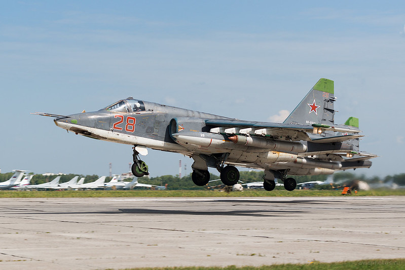 Sukhoi_Su-25SM_RF-93885_28red_Russia-Airforce_067_D801307
