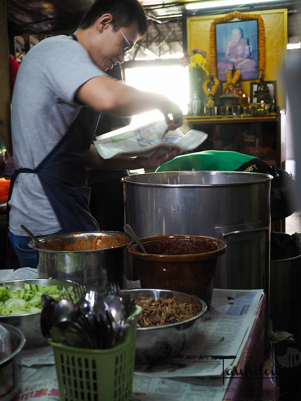 Taste Legendary Nasi Lemak Chow Kit Pasar (2)