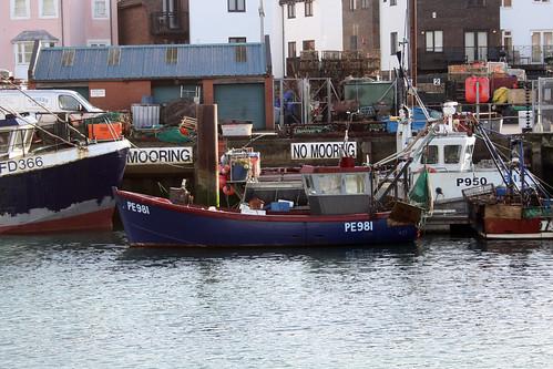 Fishing Boat PE981