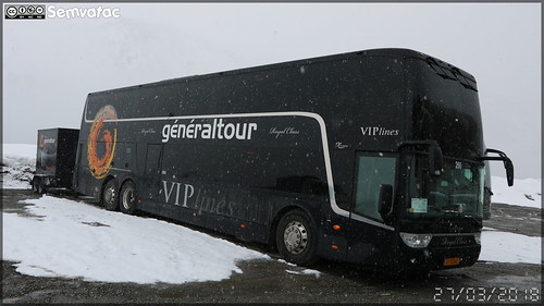 Van Hool TX 27 Astromega - Royal Class / VIP lines n°260