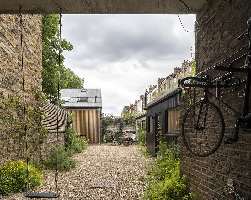 Pitwell Mews, E8