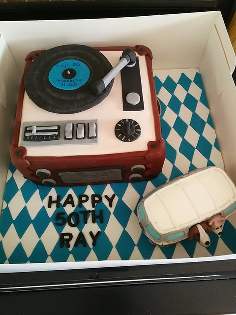 Cake by Yas Cakes