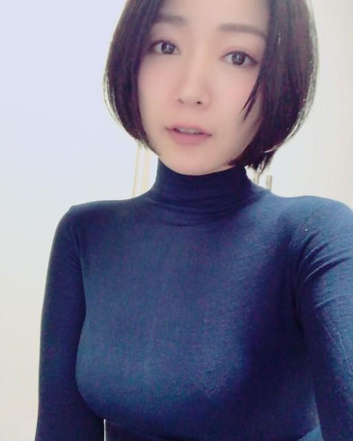 階戸瑠李12
