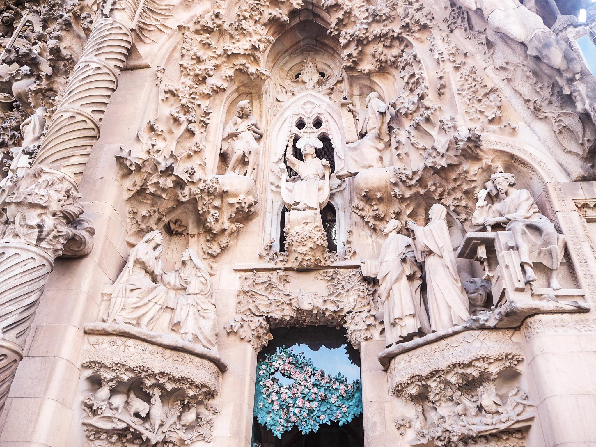 Sagrada Familia sisäänkäynti