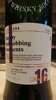 SMWS 73.104 - Happy hobnobbing moments