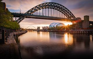 Wye Aye Man. The river Tyne and bridge in all her splendor