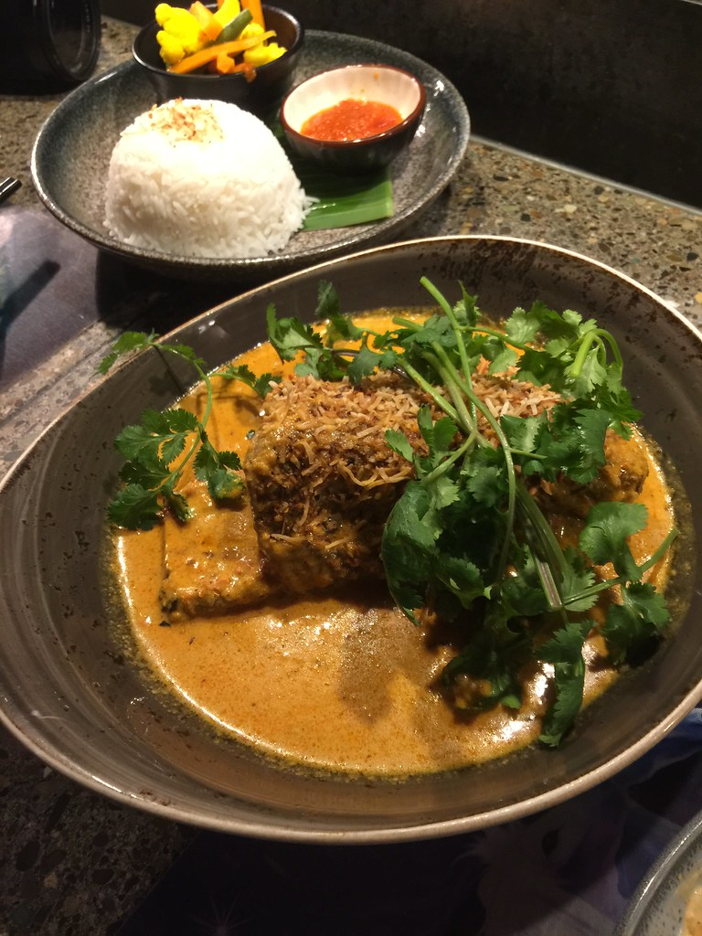Lucy Liu Kitchen And Bar Cbd Casual Dining