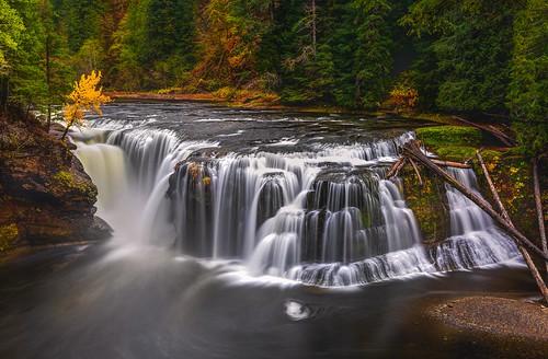 Lower Lewis Falls Autumn