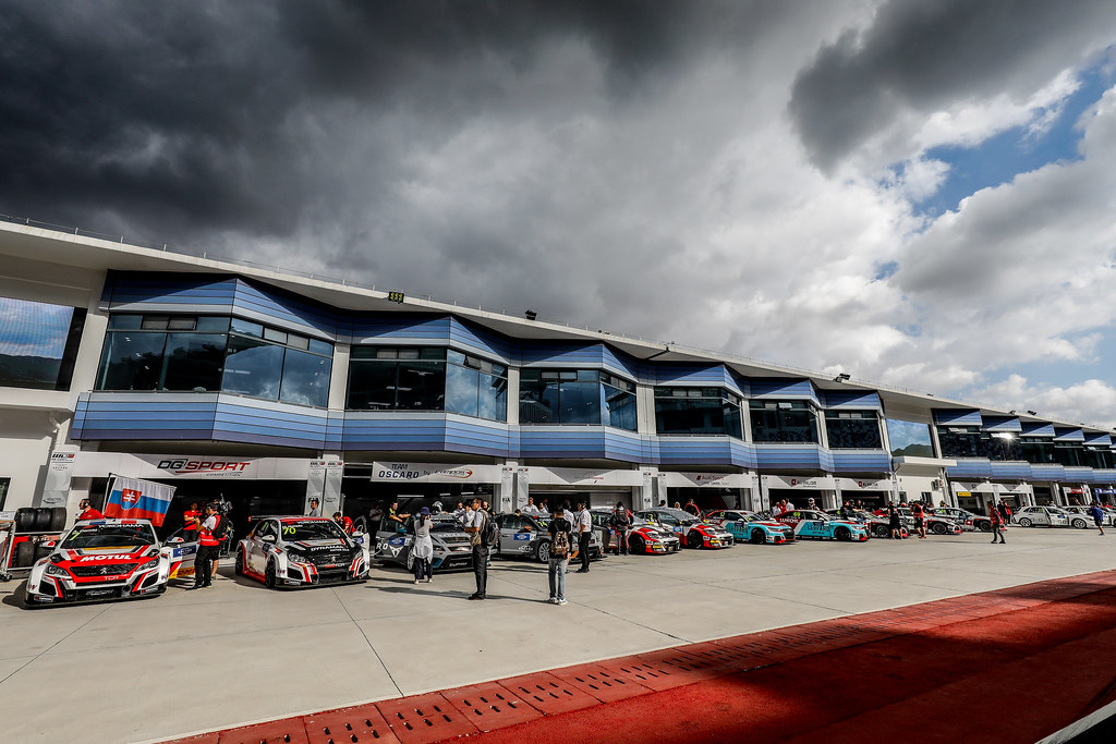 Ambiance PirLane, during the 2018 FIA WTCR World Touring Car cup of China, at Ningbo  from September 28 to 30 - Photo Marc de Mattia / DPPI