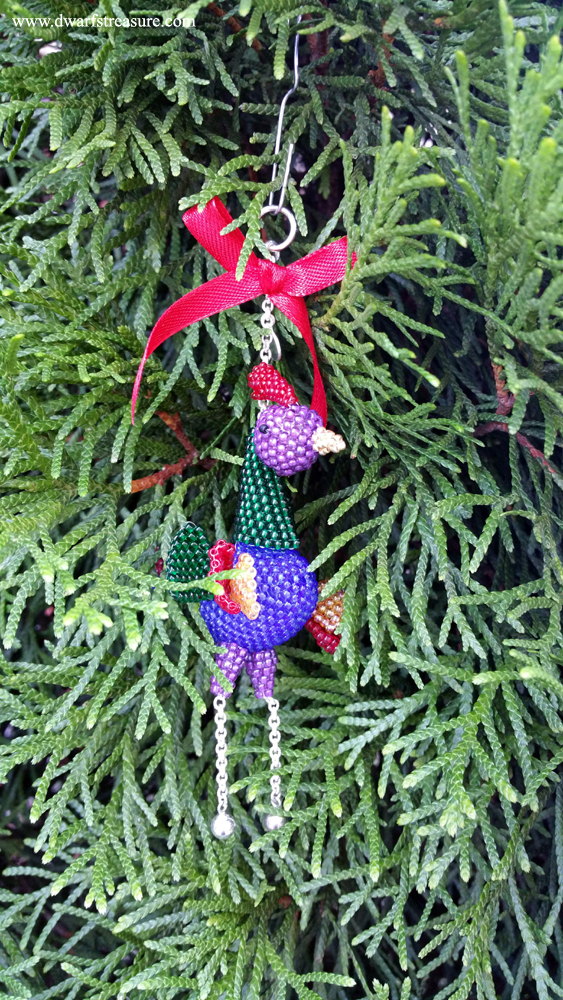 Cool miniature beaded holiday ornament