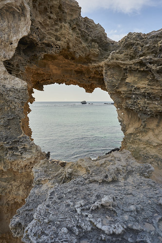 sony alpha a7 a7ii zeiss batis westernaustralia wa australia au rockingham perth capeperon indianocean sea sky rocks batis225