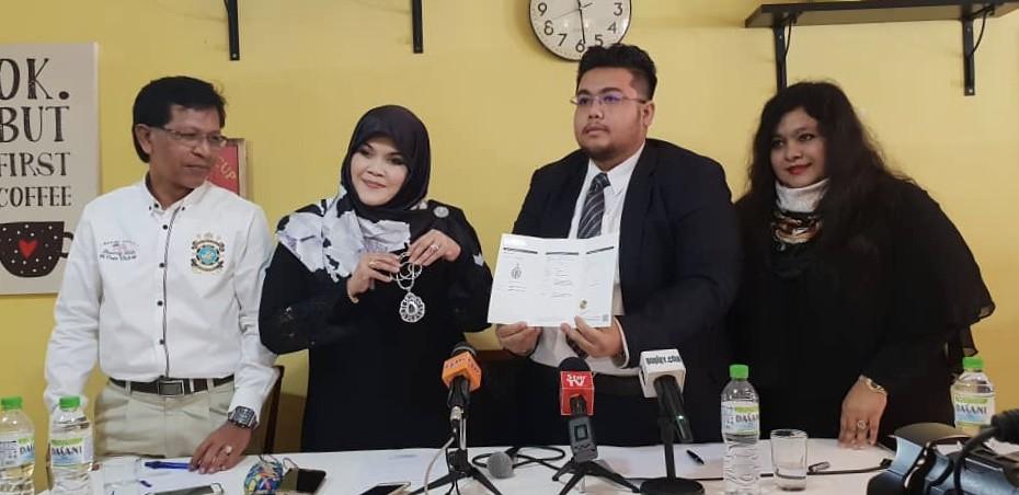 Sidang Media Aishah vs DSV