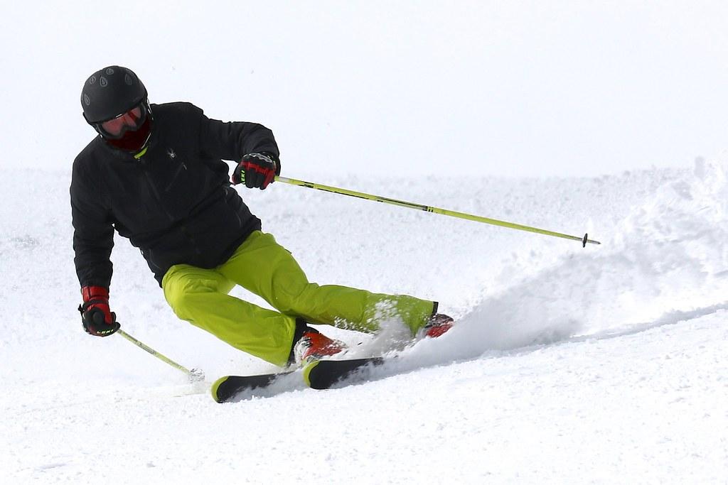 ski-2098120_1920