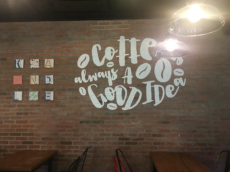 Kandle Cafe, Tomas Morato