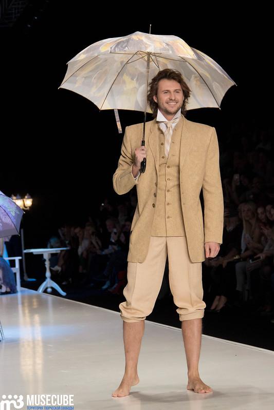 mercedes_benz_fashion_week_slava_zaitsev_nasledie_042