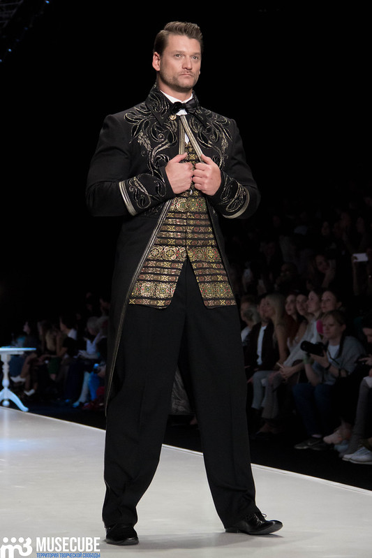 mercedes_benz_fashion_week_slava_zaitsev_nasledie_078