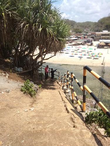 foto jalan pulau drini diambil dari atas