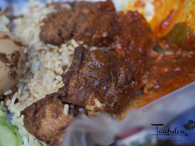 Taste Legendary Nasi Lemak Chow Kit Pasar (14)