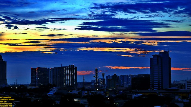 ..dawn's breaking..
